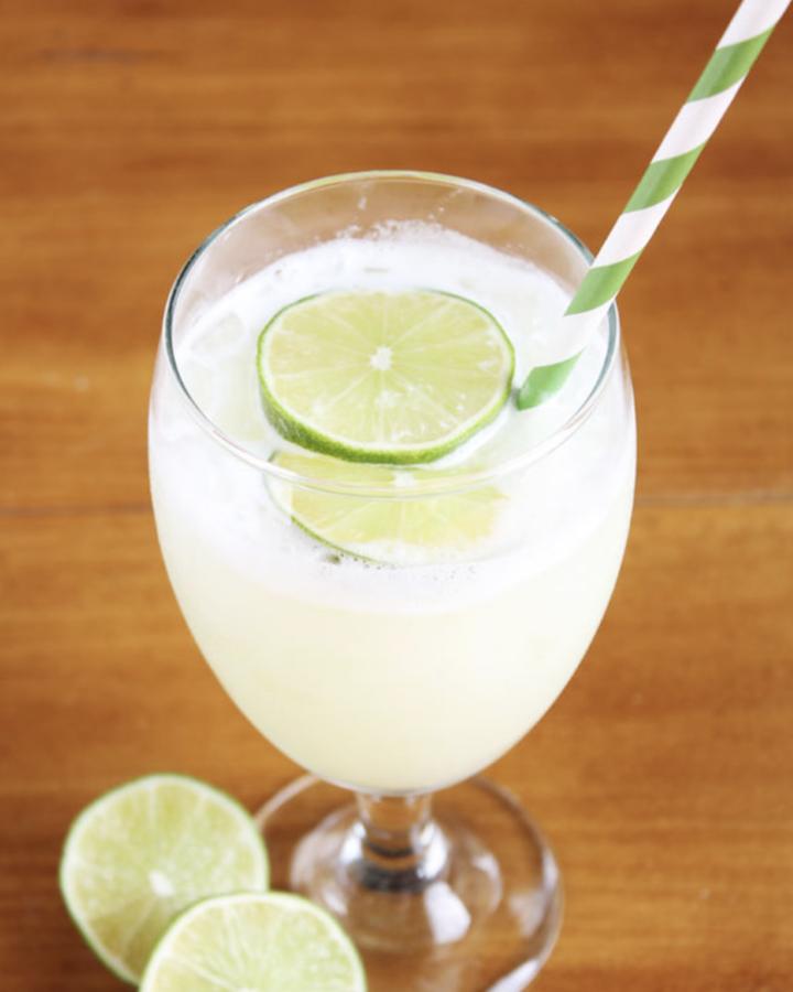 5 Refreshing Summer Drinks: Brazilian Lemonade