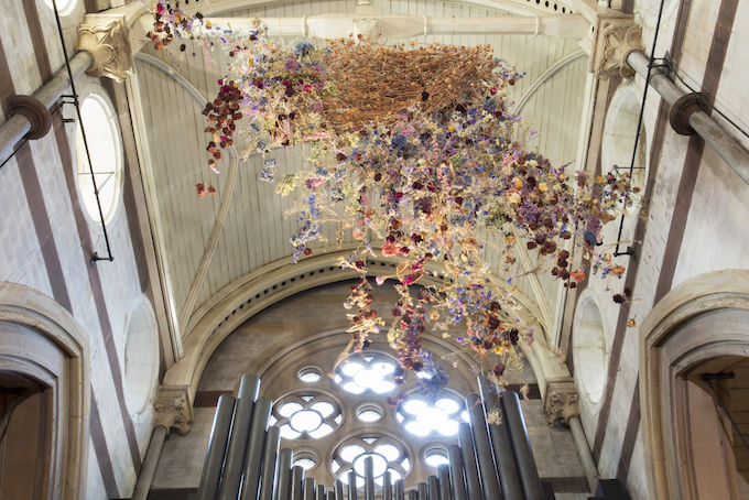Breathtaking Large-scale Installation of Suspended Flowers by Artist Rebecca Louise Law