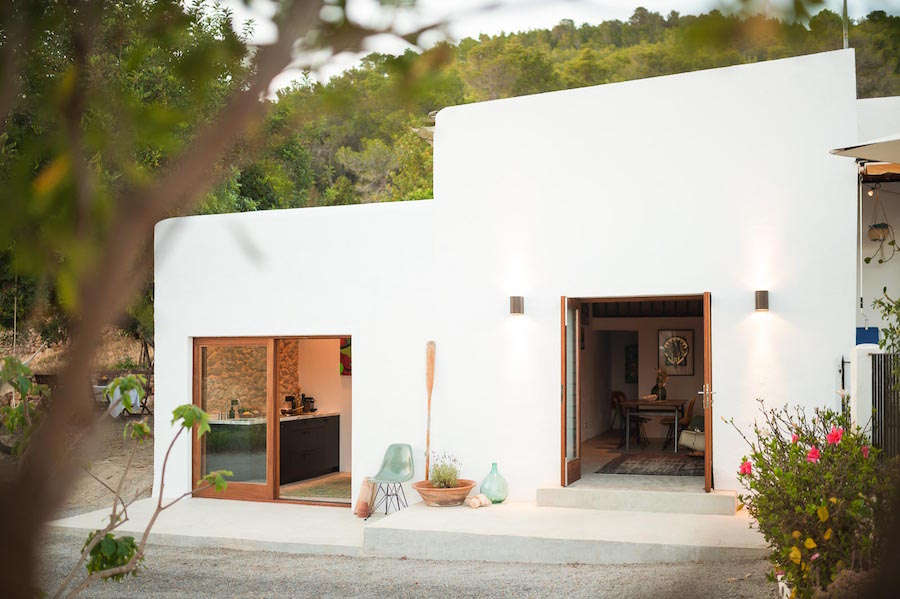 This old-stable has been revived as a home in the picturesque island of Ibiza. The contemporary home was designed by Standard Studio and Ibiza Interiors.