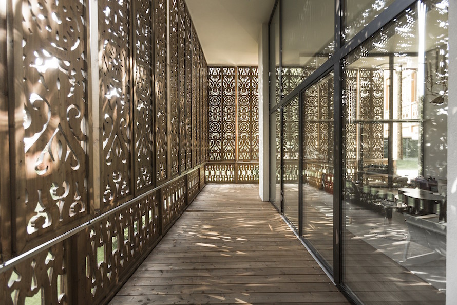 Beautiful Intricate Designed House by Alexander Diem