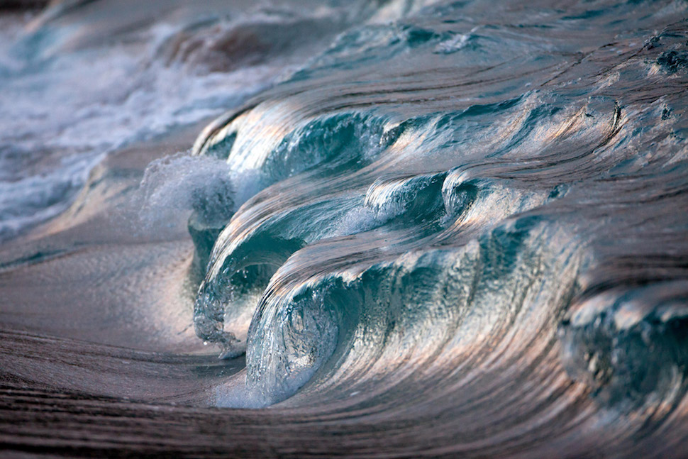 Photographer captures the beauty of Ocean Waves